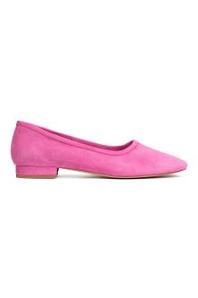 Ballet pumps with a heel