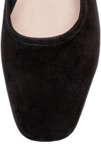 Ballet pumps with a heel - Black - Ladies | H&M IE 3