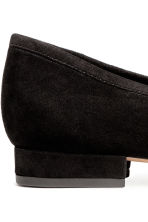Ballet pumps with a heel - Black - Ladies | H&M 4