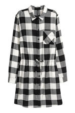 Shirt dress - Black/White checked - Ladies | H&M 2