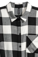Shirt dress - Black/White checked - Ladies | H&M 3