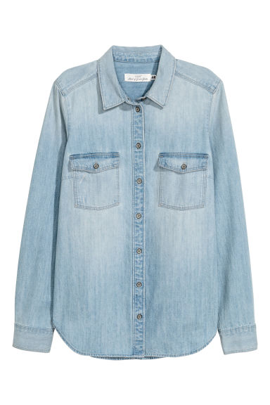 Denim overhemdblouse Model