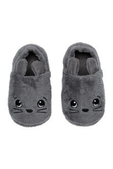 Soft pile slippers