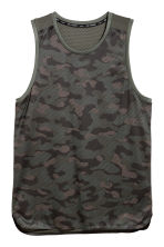 Sports vest top - Khaki green/Patterned - Men | H&M CN 2
