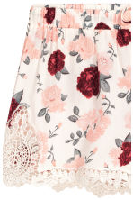 Shorts with lace details - Natural white/Floral - Ladies | H&M CN 3