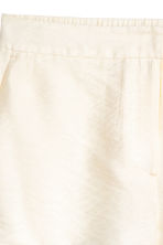 City shorts - Natural white - Ladies | H&M CN 3