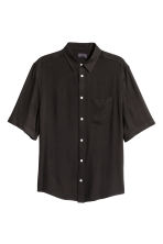 Short-sleeved shirt - Black - Men | H&M CN 2