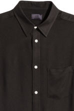 Short-sleeved shirt - Black - Men | H&M CN 3