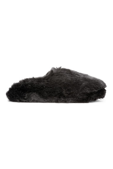 Faux fur slippers - Black -  | H&M IE