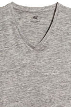 V-neck T-shirt Slim fit - Grey marl - Men | H&M 3