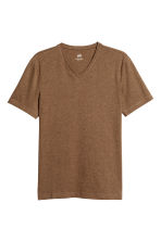V-neck T-shirt Slim fit - Dark camel - Men | H&M 2