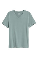 V-neck T-shirt Slim fit - Grey green - Men | H&M 2
