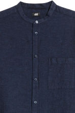 Grandad shirt Regular fit - Dark blue - Men | H&M 3