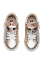 Shimmering metallic trainers - Gold-coloured - Kids | H&M CN 1