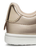 Shimmering metallic trainers - Gold-coloured - Kids | H&M CN 4