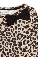 Top a maniche lunghe - Beige/leopardato - BAMBINO | H&M IT 3