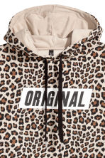 Cropped hooded top - Beige/Leopard print - Ladies | H&M 3