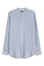 Viscose shirt Slim fit - White/Blue striped - Men | H&M 2