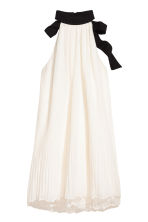 Chiffon halterneck dress - Natural white - Ladies | H&M 2