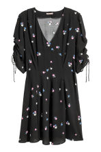 H&M+ Patterned dress - Black/Floral - Ladies | H&M GB 2