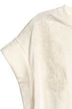 Embroidered top - Natural white - Ladies | H&M CN 3