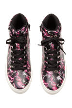Hi-top trainers - Black/Butterfly - Kids | H&M 2