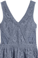Lace dress - Pigeon blue - Ladies | H&M 3