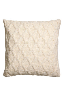 Cable-knit cushion cover