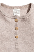 Short-sleeved Henley shirt - Light mole -  | H&M CN 2