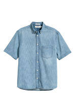 Short-sleeved denim shirt - Light denim blue - Men | H&M 2