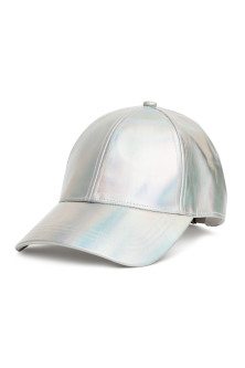 Gorra brillante