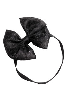Hairband with a bow