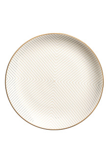 Patterned porcelain plate