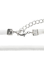 Velvet choker - White - Ladies | H&M 2