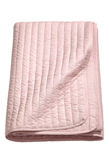 Quilted bedspread