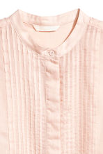 Sleeveless blouse - Light apricot - Ladies | H&M 3