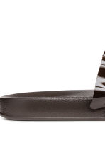 Slides - Dark Khaki - Ladies | H&M 5