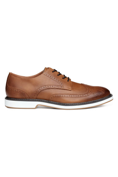 Brogues - Cognac brown - Men | H&M CN