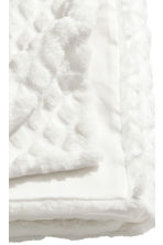 Faux fur blanket - White - Home All | H&M CN 2