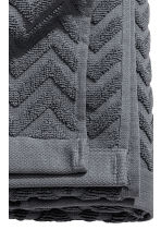 Jacquard-patterned bath towel - Dark grey - Home All | H&M CN 3
