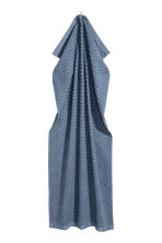 Jacquard-patterned bath towel - Pigeon blue - Home All | H&M GB 2