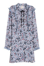 Chiffon dress with frills - Dusky blue/Floral - Ladies | H&M CN 2