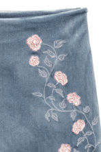 Skirt with embroidery - Pigeon blue - Ladies | H&M 2