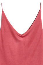 V-neck strappy top - Raspberry red - Ladies | H&M CN 2