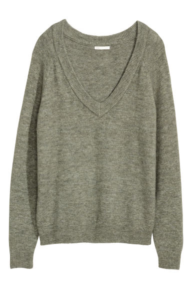 V-neck jumper - Khaki green - Ladies | H&M CN