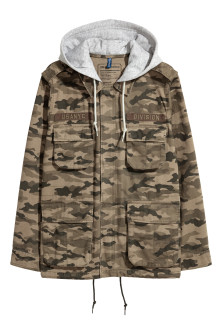 Short parka with a hood