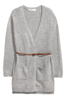 Knitted cardigan with a belt