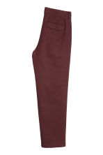 Relaxed chinos - Burgundy - Men | H&M 3