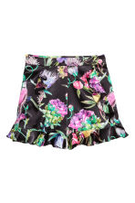 Frilled satin shorts - Black/Floral -  | H&M 2