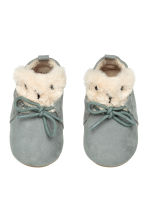 Soft slippers - Dusky green - Kids | H&M CN 1